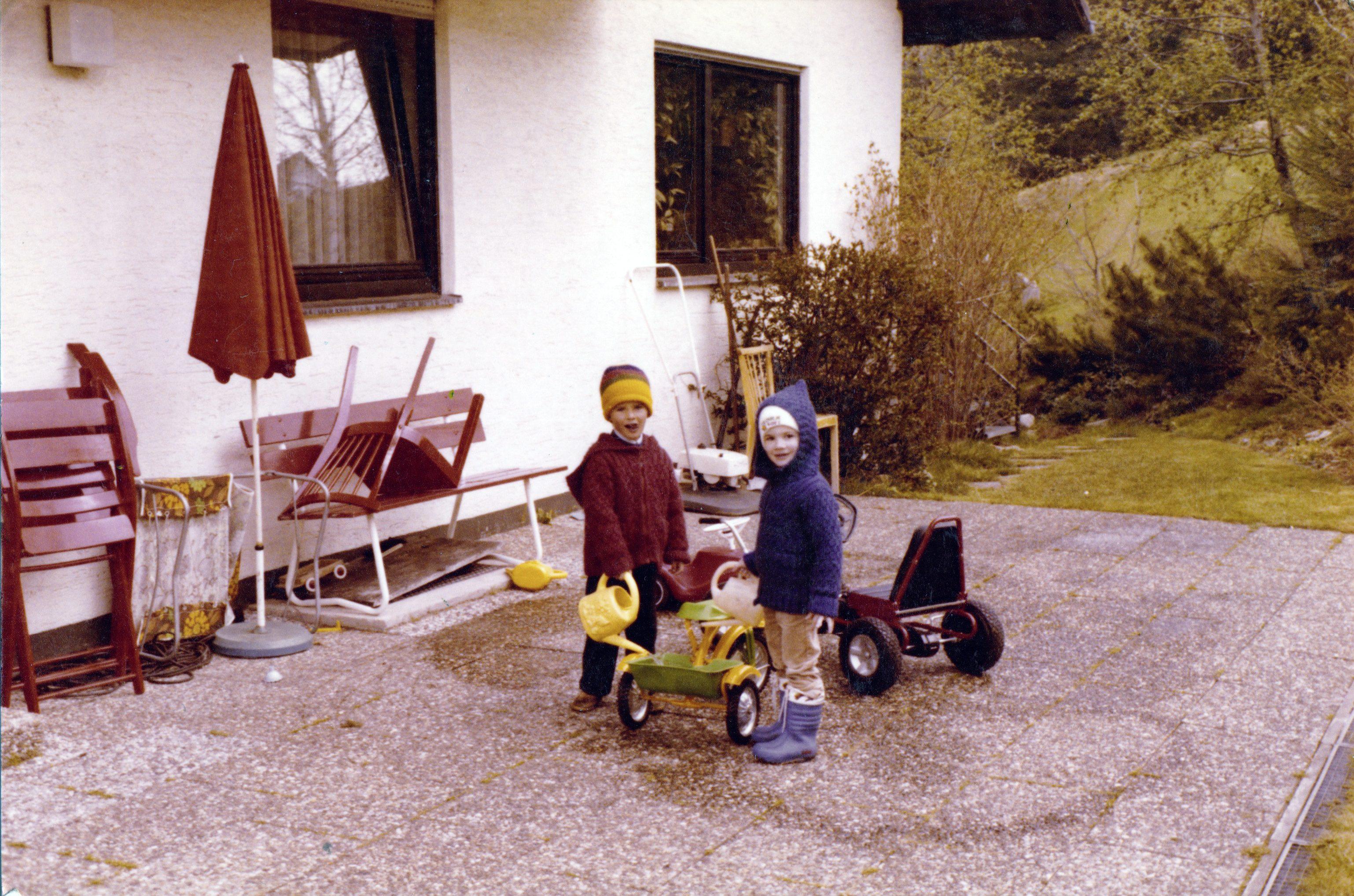 Ostern 1981 in Mitteltal, Michael und Thilo.