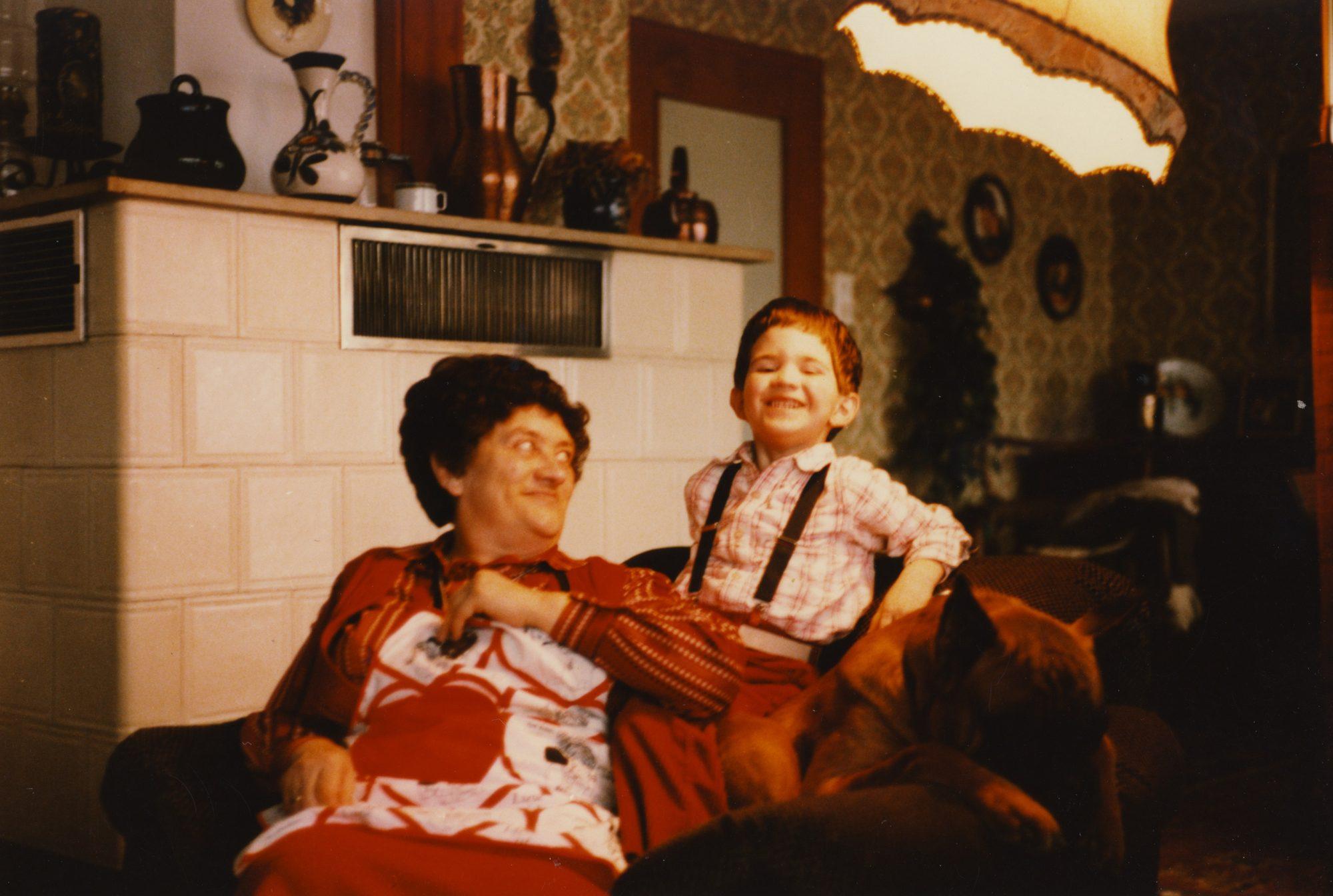 1982 - Die Sesselrocker. Oma, Thilo und Askan im abendlichen Standard-Setup.