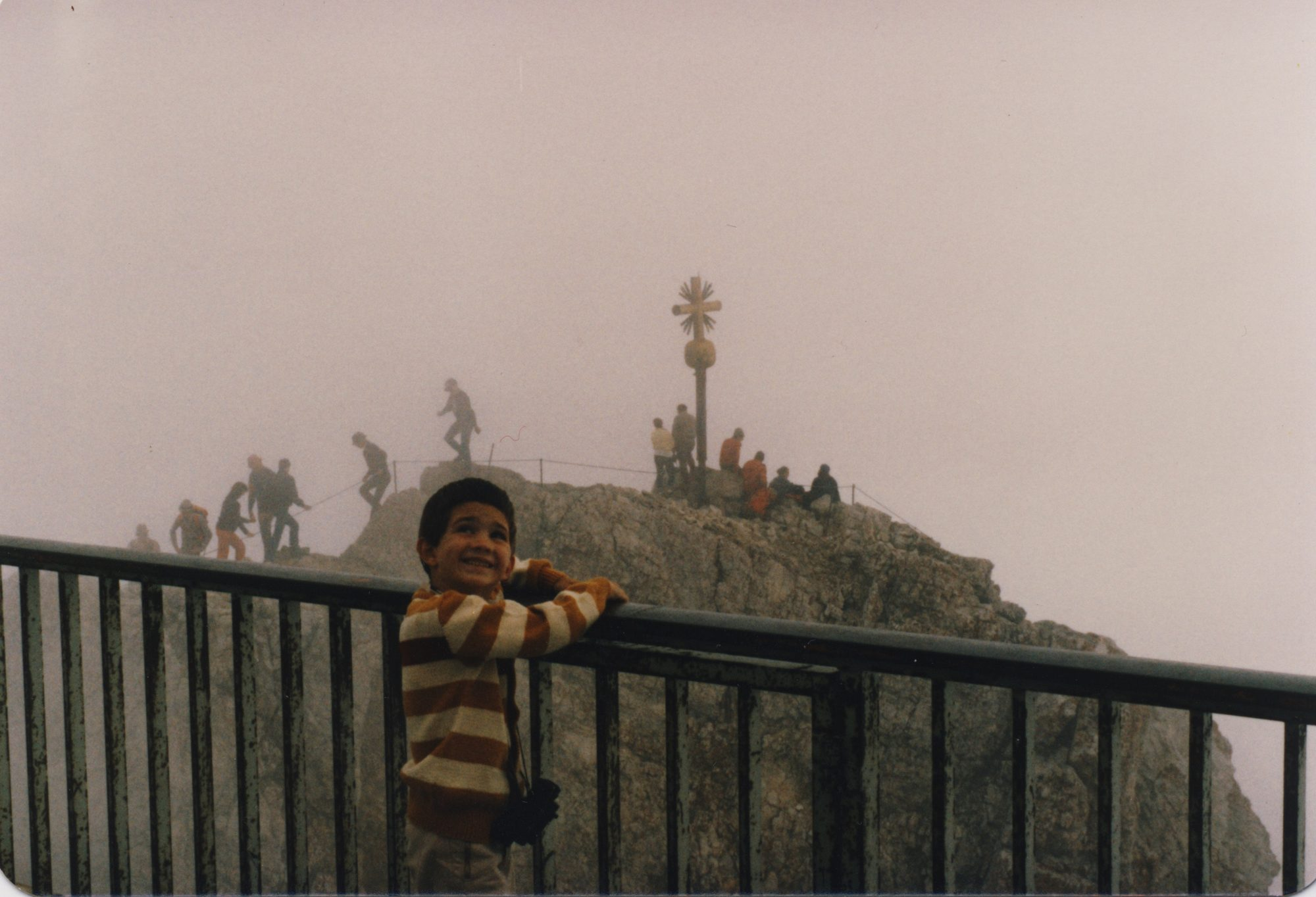 Auf der Zugspitze mit Opa und Askan 1983.