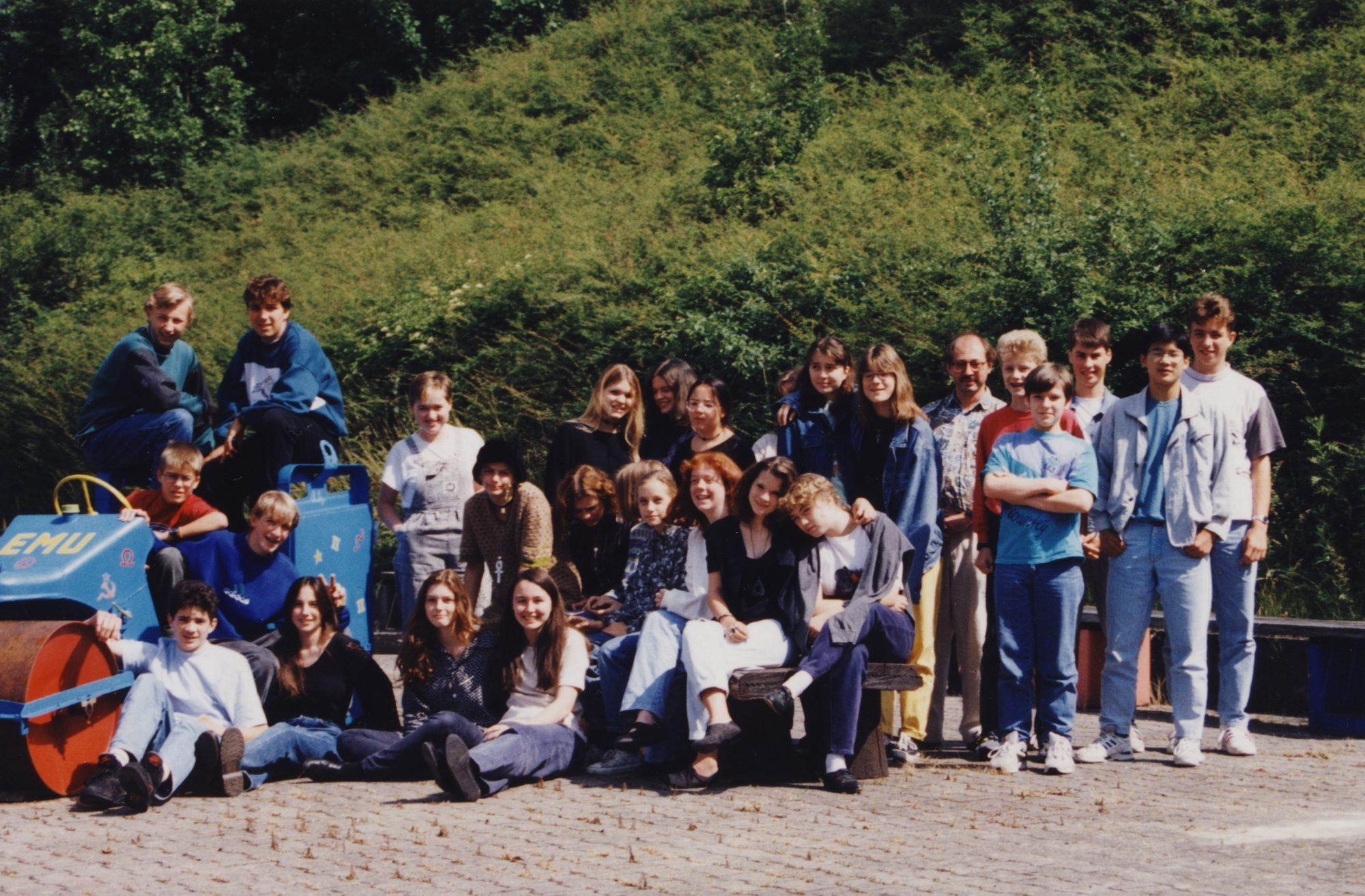 Wer sitzen bleibt lernt mehr Leute kennen! Meine zweite Gymnasialklasse in Künzelsau.