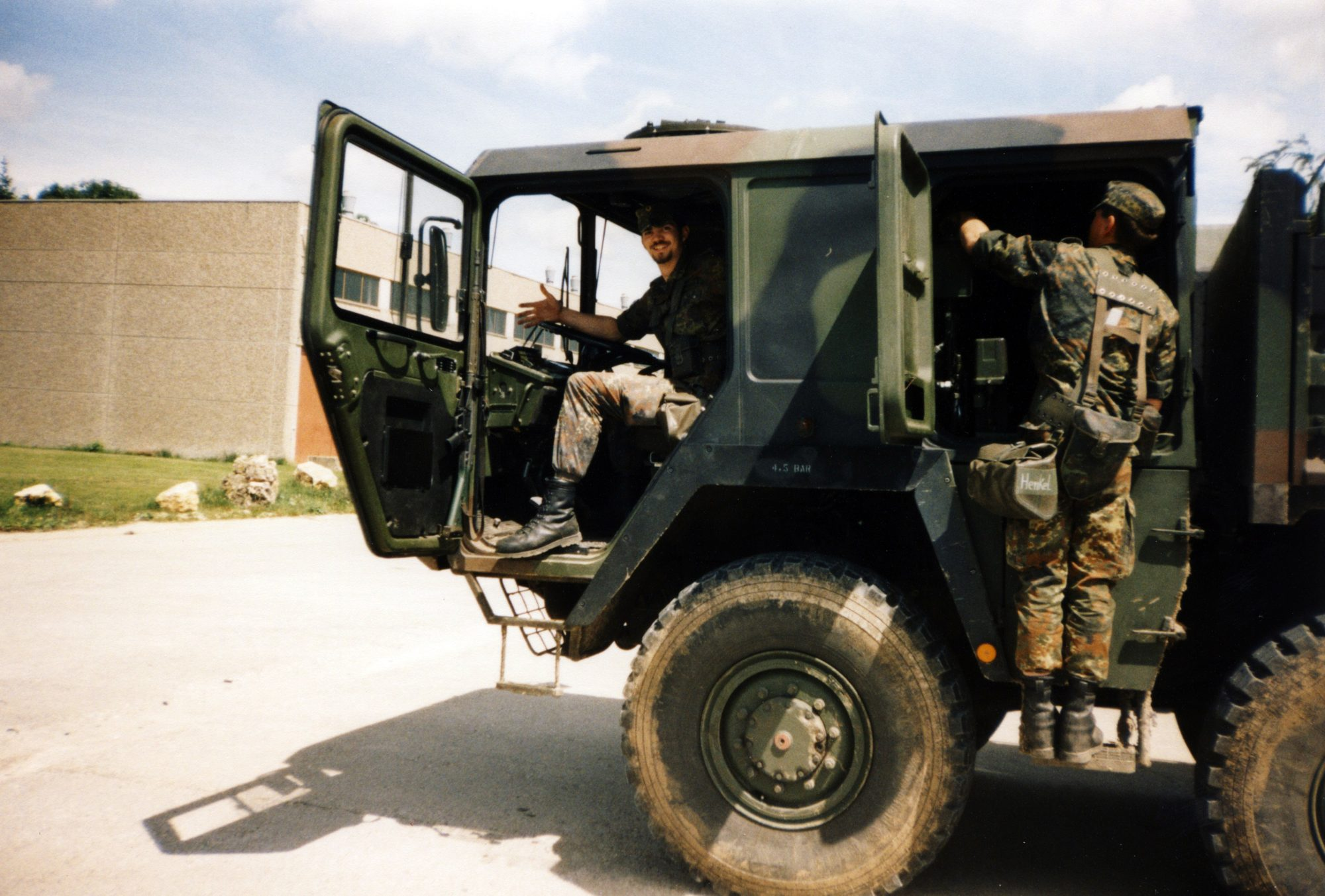 Ein sehr heisser Sommer 1998 - Arbeitsgerät bei der Bundeswehr.