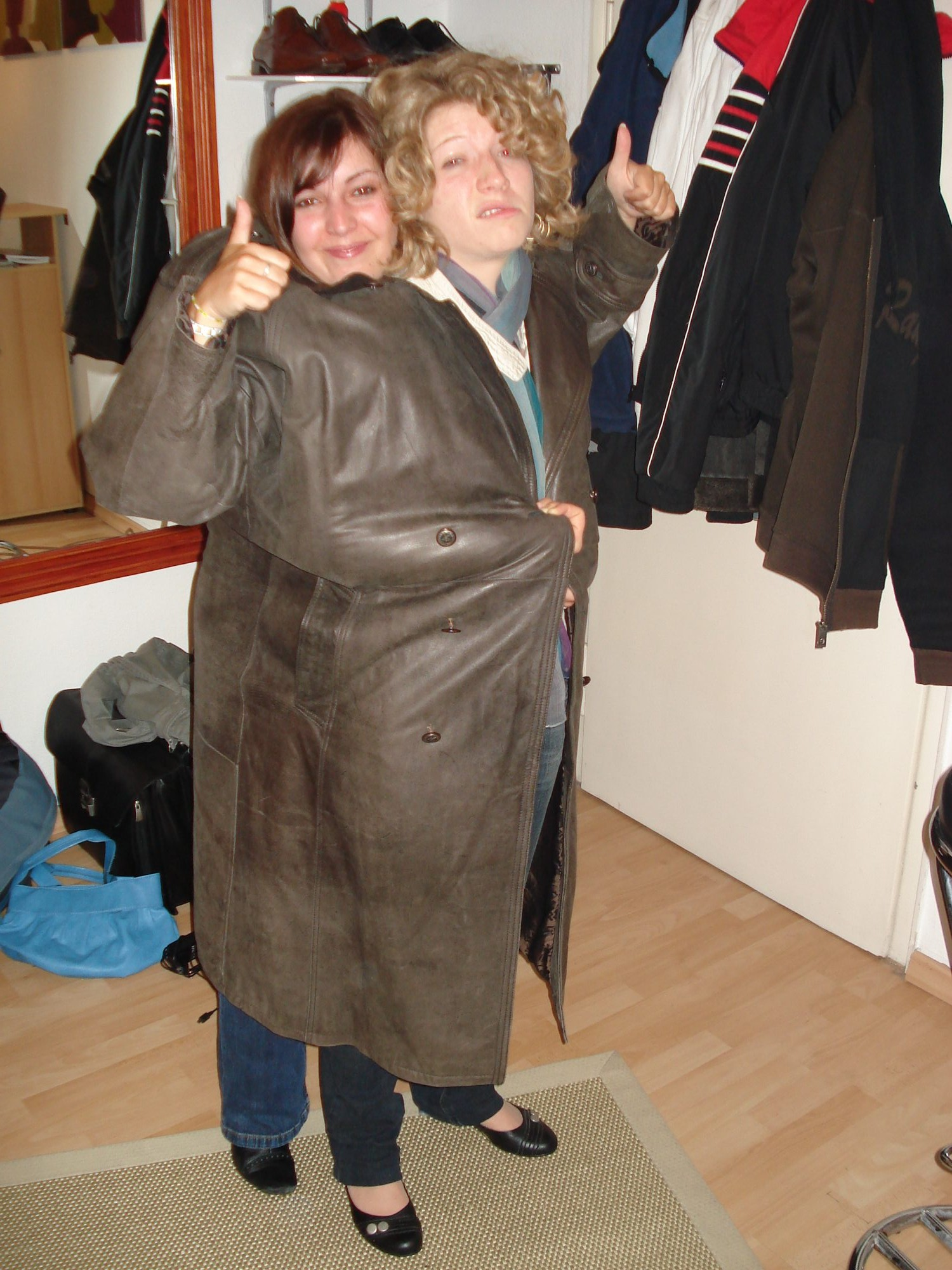 2007 - Annika und Krissy in Stuttgart