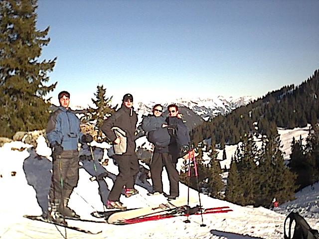 Januar 2002. Skifahren mit Jan, Thilo, Anne und Sebi. Hinter der Kamera: Morten B.