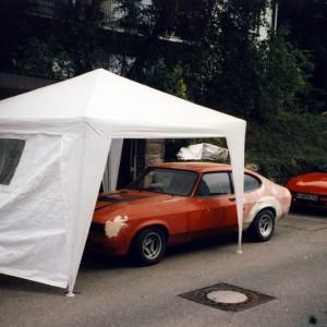 1998 - Umbauarbeiten am Capri, Platzmangel macht erfinderisch.
