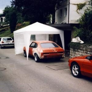 Umbauarbeiten am Ford Capri. Der linke Kotflügel musste auch gewechselt werden.