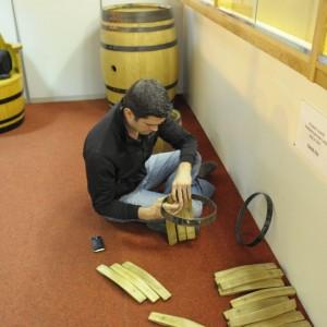 Speyside Cooperage - Thilo übt sich im Fassbau