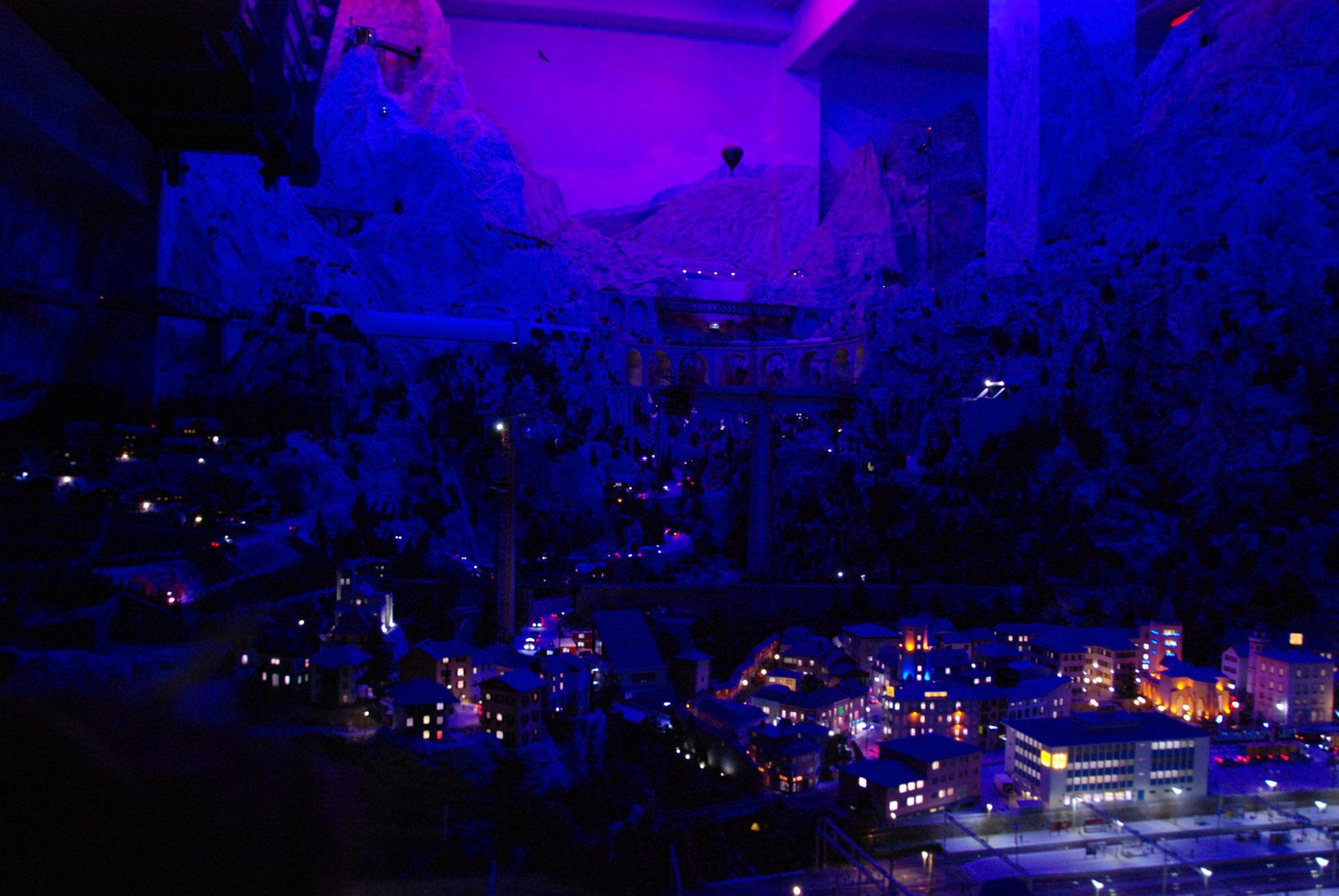 Hamburg - Miniatur Wunderland, Schweiz bei Nacht