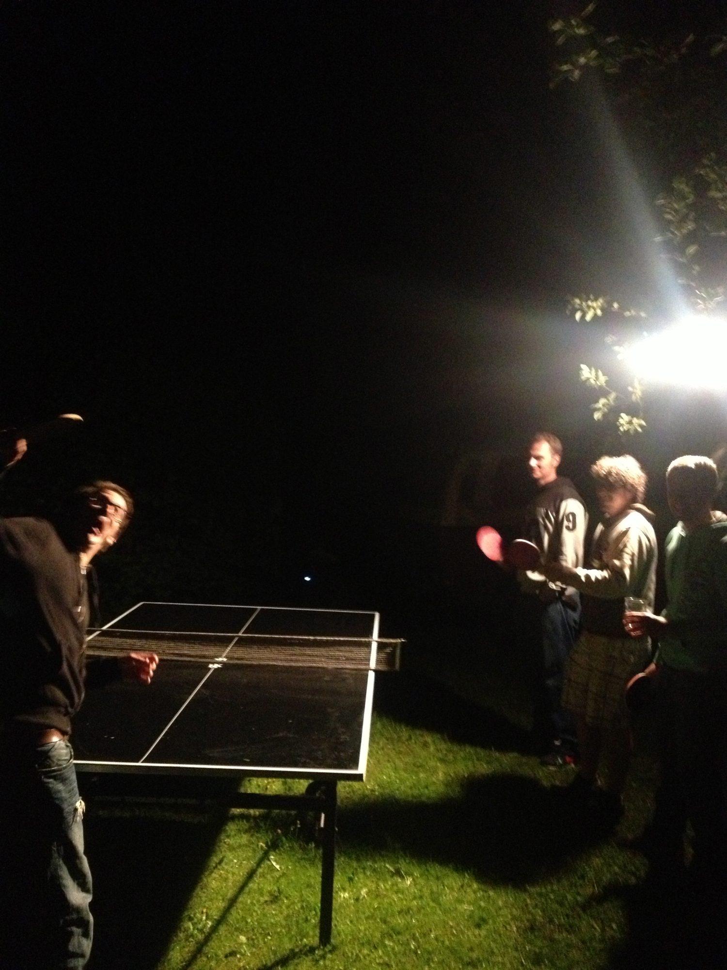 Morgens um 3 Uhr in München - Tischtennis