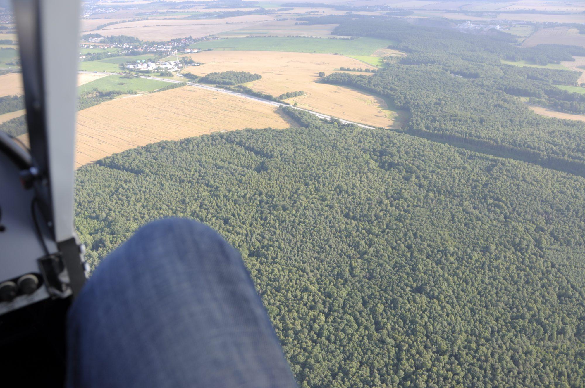 Türlos bei ca. 160 km/h und 350m über dem Boden...