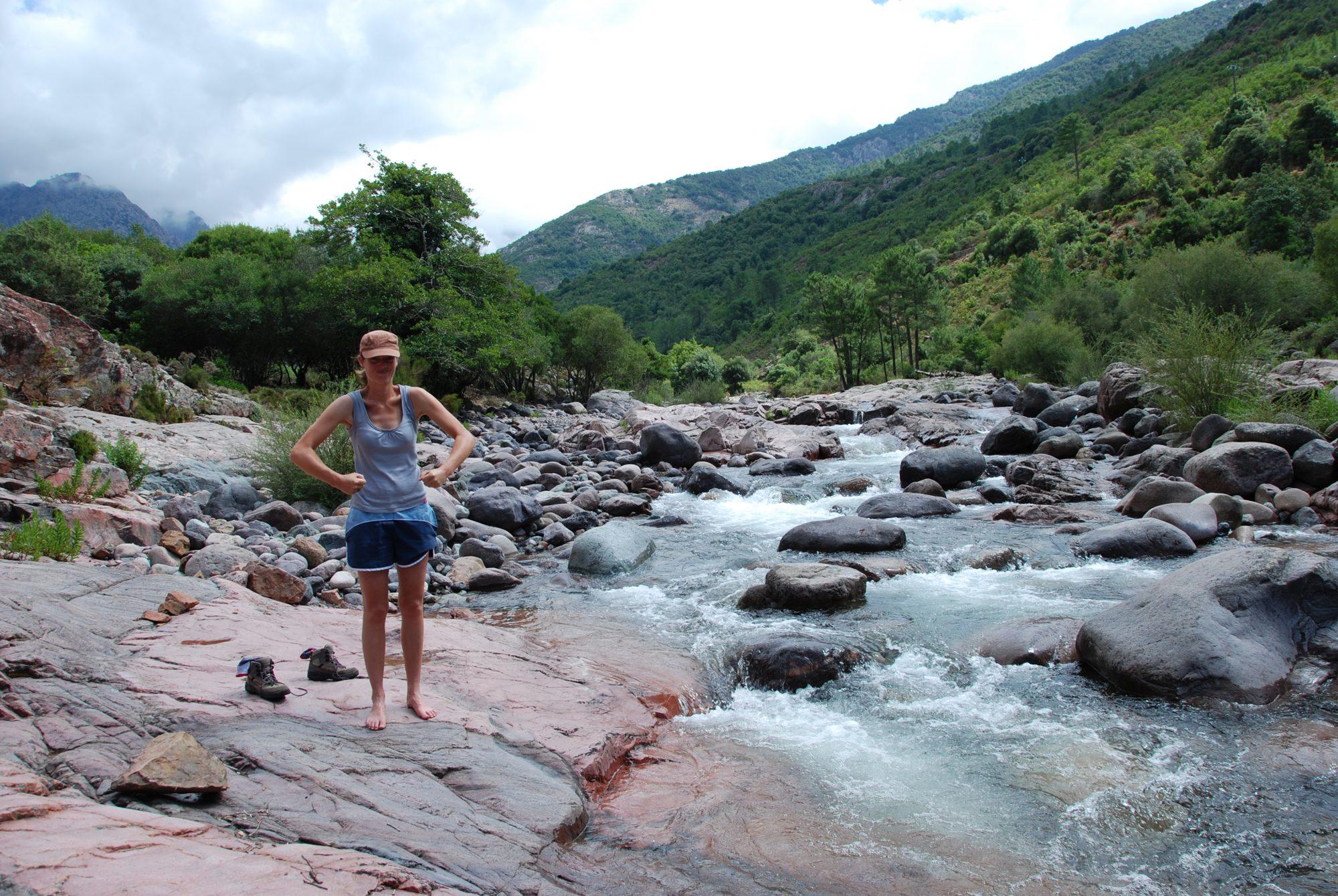 Luisa trotzt im Fangotal auf Korsika