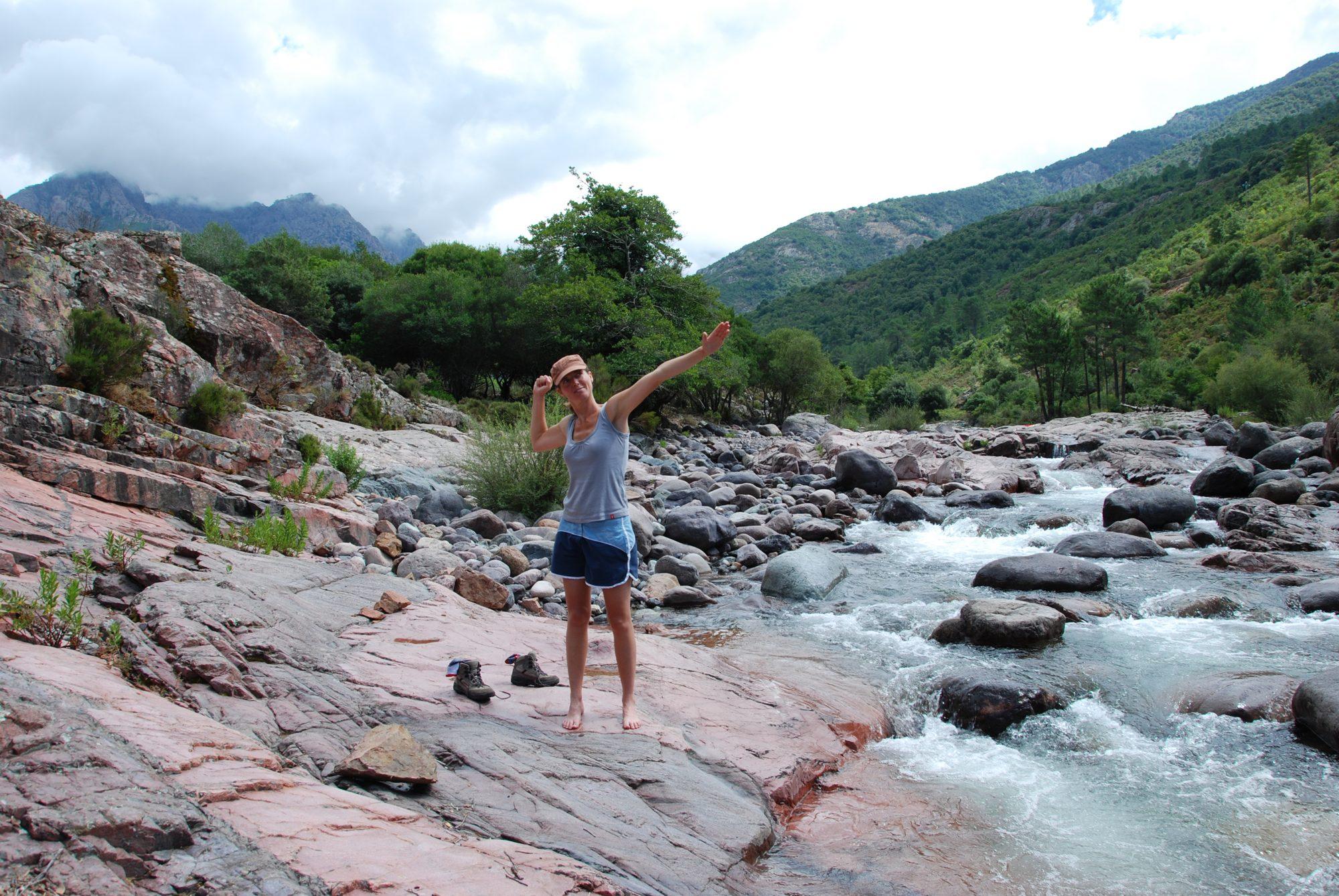 Luisa post im Fangotal auf Korsika