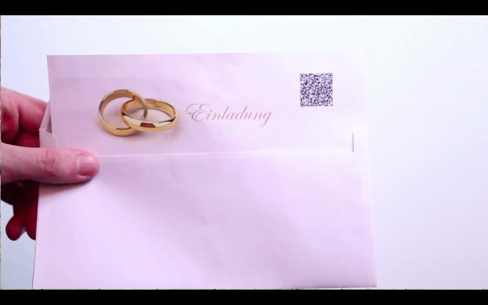 Beispiel einer Hochzeitseinladung mit dem QR Code für das gemeinsame Fotoalbum